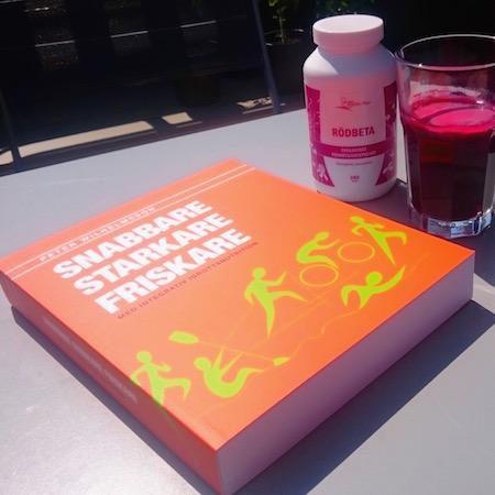 Boken Snabbare, starkare friskare med integrativ idrottsnutrition