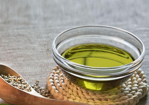 Användning av hampaolja även kallad hampafröolja