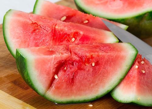 Knepen för att hitta en bra vattenmelon