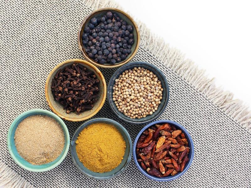 Örter och kryddor är rena medicinen