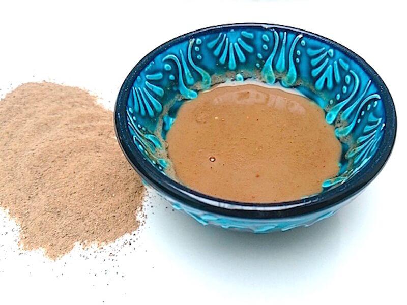 Den underbara Rhassoulleran för hud och hår