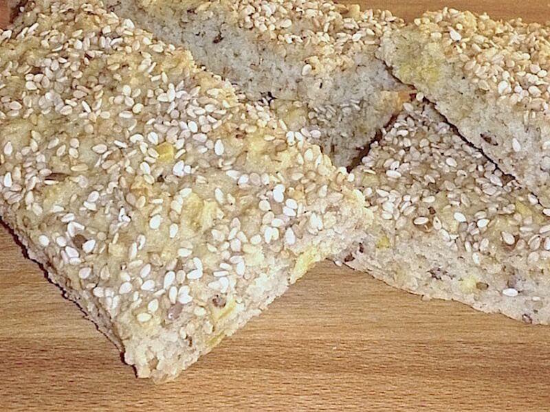 Recept på glutenfritt sesambröd