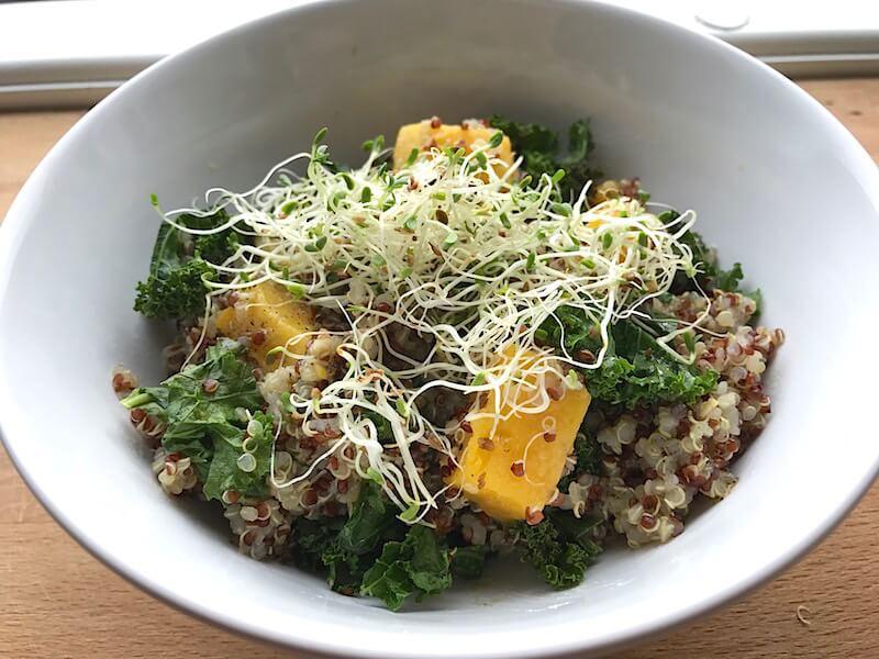 Quinoa med rostad pumpa och grönkål