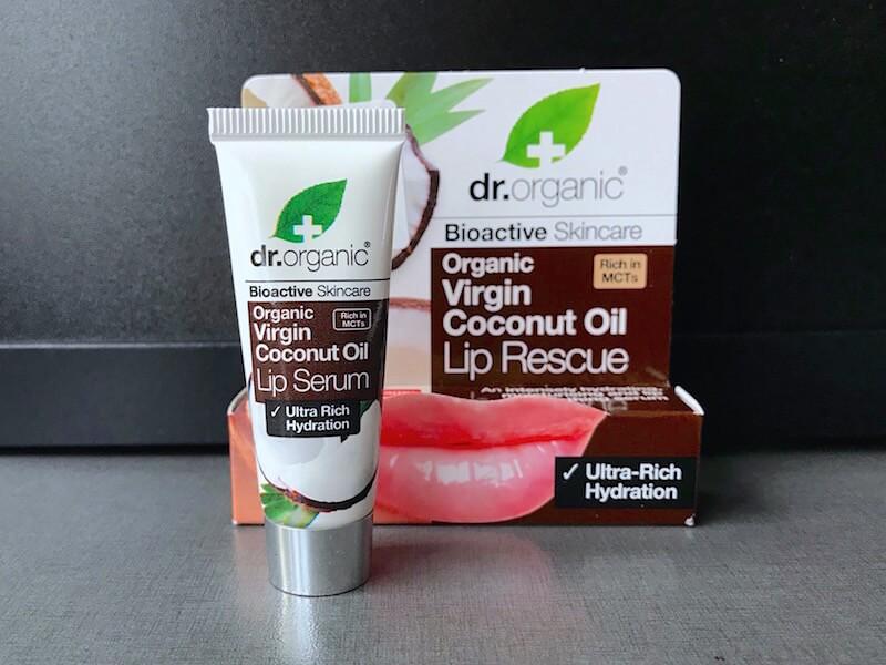 Dr. Organic Virgin Coconut Oil Lip Serum för torra läppar.