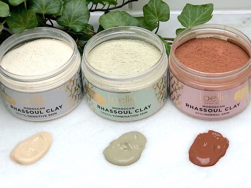 Vit, röd och grön rhassoullera för hud och hår
